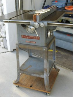 Delta 8 Inch Tilting Arbor Bench Saw