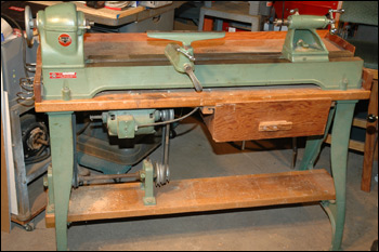 "Delta No. 1460 12"" Woodworking Lathe"