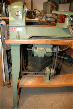 Delta 1460 Wood Lathe 16-speeds
