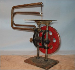 American Scroll Saw, Delta Specialty Co., Milwaukee WI. Pat. Aug 21-23, Made in USA